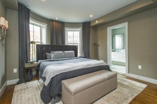 38-Upton-St.-master-bedroom